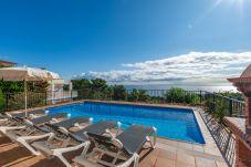 Villa en Blanes - Villa Flores