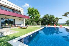 Villa en Palafolls - Villa Oasis