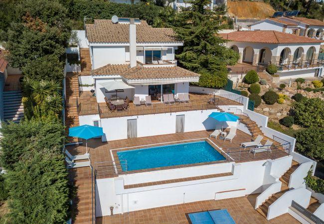Villa in Blanes - Villa Blue Bay