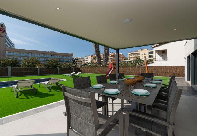 Villa à Pineda de Mar - Villa Malibu