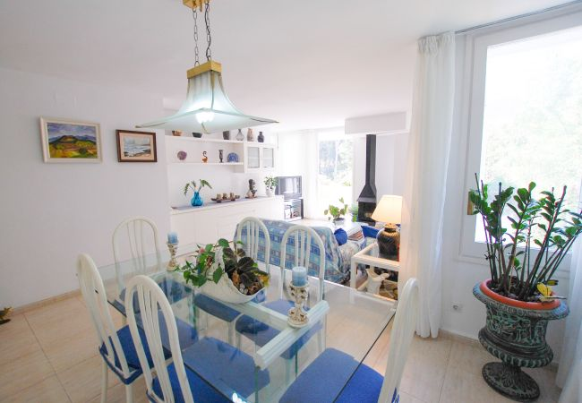 Apartment in Blanes - Apt Calabona