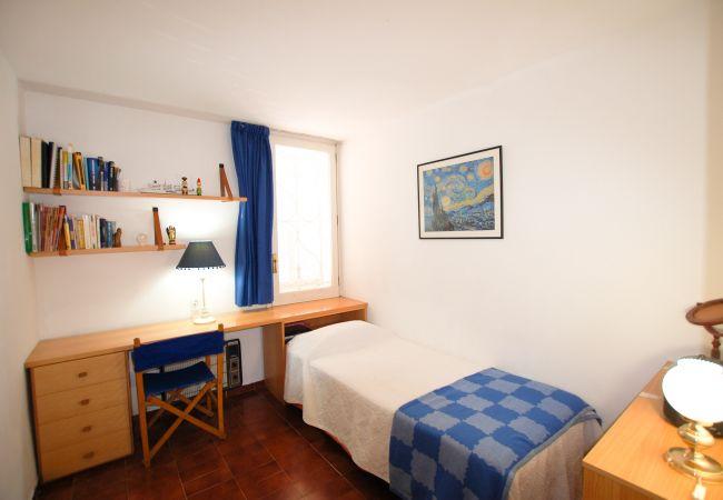 Apartment in Blanes - Apt Calabona