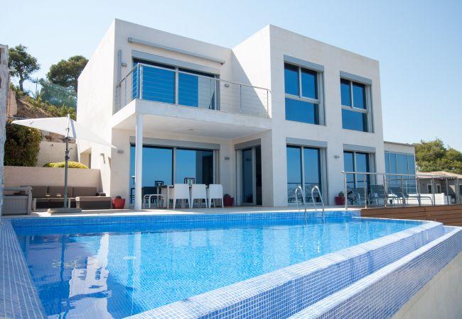 Villa/Dettached house in Blanes - Villa Blanca