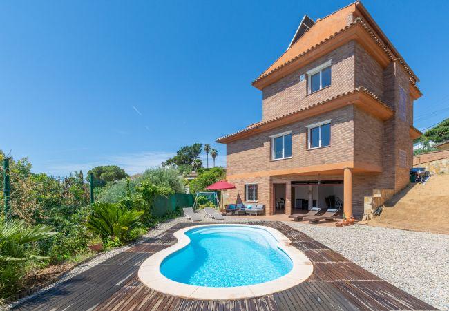 Villa in Lloret de Mar - Villa Picasso
